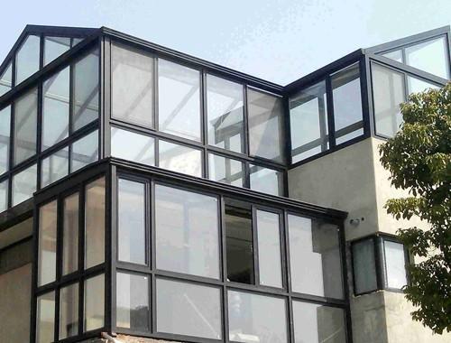 鋁合金窗戶