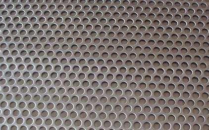 锰钢冲孔网出现毛刺的原因