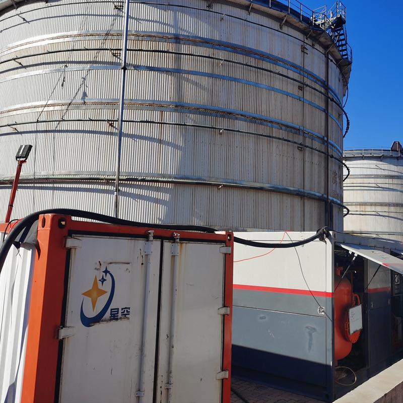 施工过程中,如何保证油罐清洗相关人员的安全