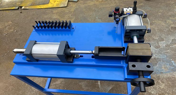液压胶管接头预装机设备标准