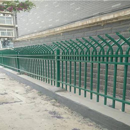山东锌钢护栏厂家