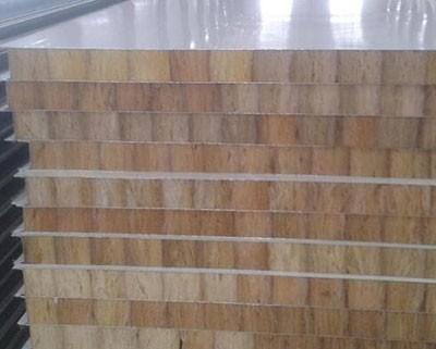 屋面岩棉夹芯板