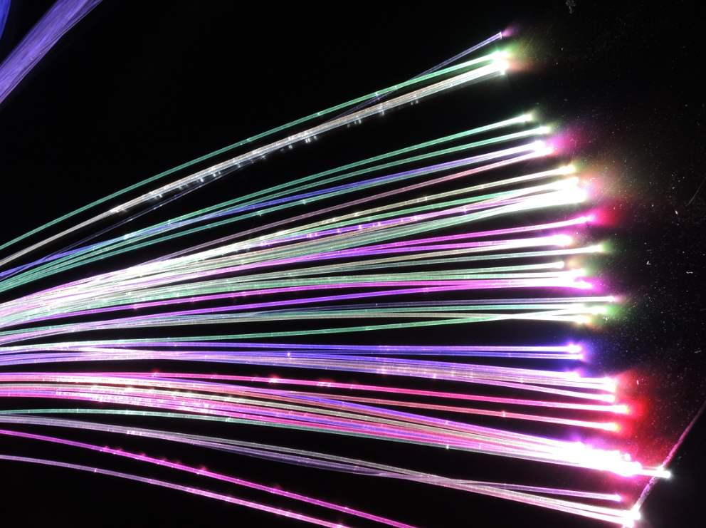 以长远眼光看光纤突破!