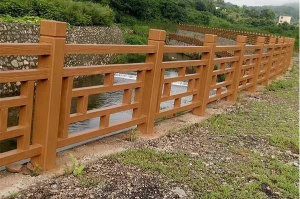仿木护栏的优点