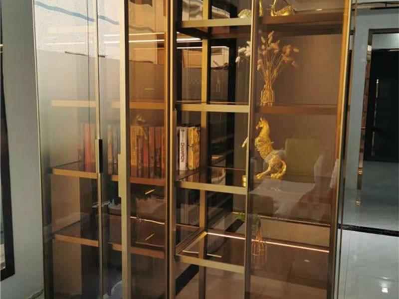 威法玻璃门