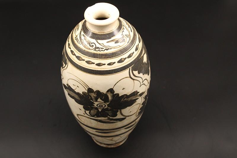 磁州窑梅瓶