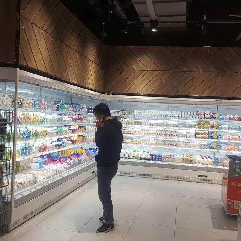 牛奶保鲜冷柜安装好案例