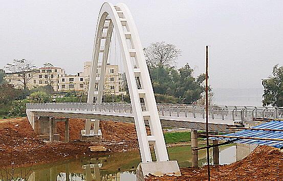 鋼鐵精神 一 南寧馬槽河橋項目