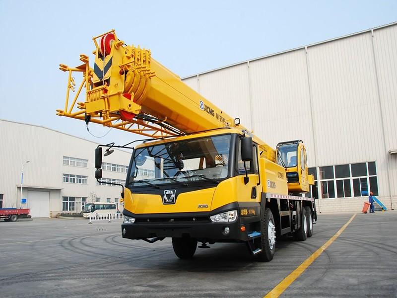 徐工QY25K5小型汽车吊