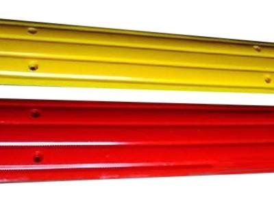 红黄定长减速带