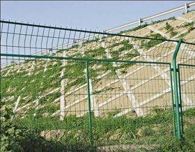 护栏网防腐蚀解决及使用期