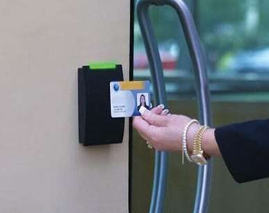 门禁系统适用于控制哪些地方