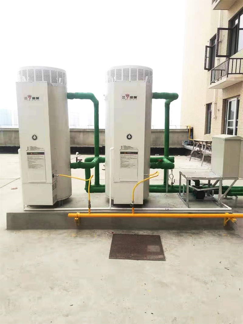 三温暖燃气热水器,承压水箱