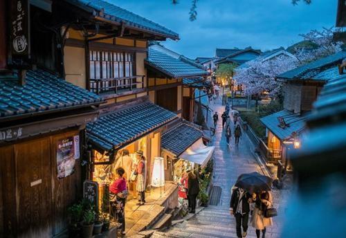 高考成绩不理想想去日本留学,应该怎么做?