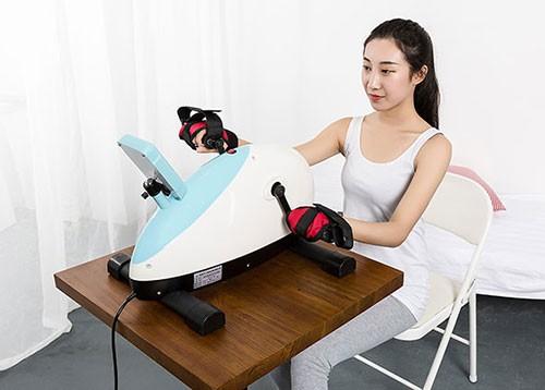 Technical background of double wheel upper limb rehabilitation machine