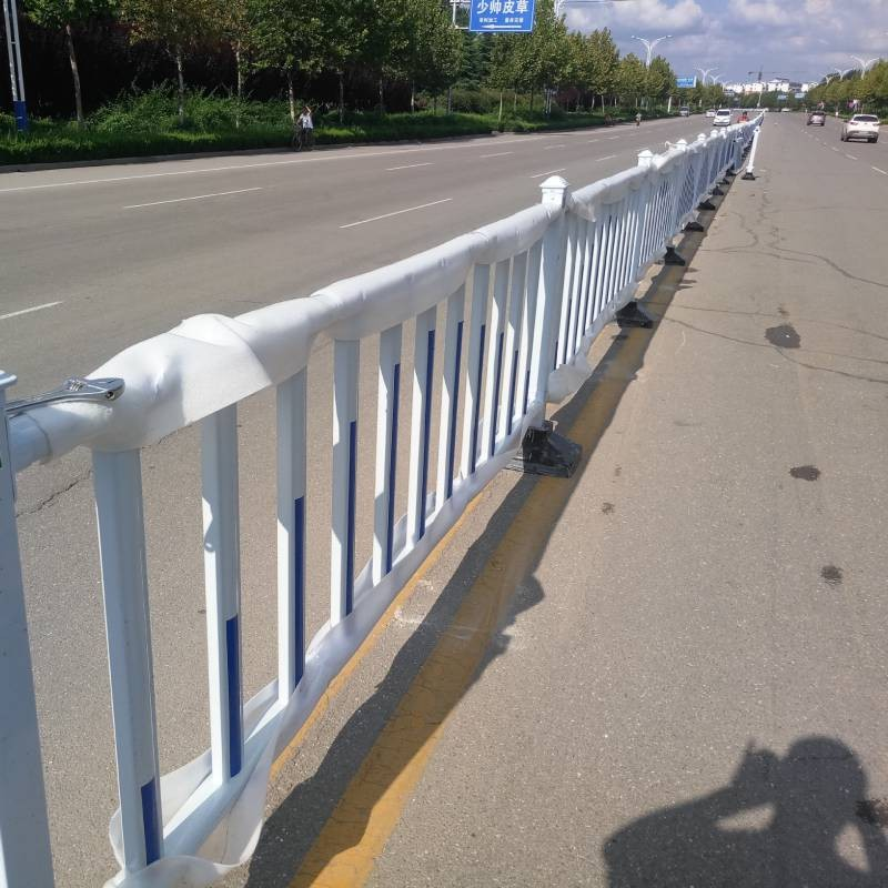 2021年新款道路市政护栏