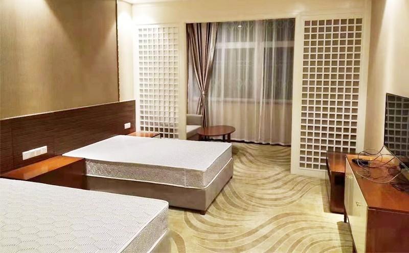 盐源县政府接待中心地毯铺设
