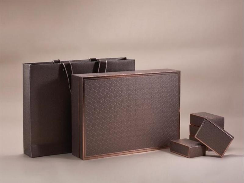 呼和浩特珠宝盒首饰盒该怎么去设计?