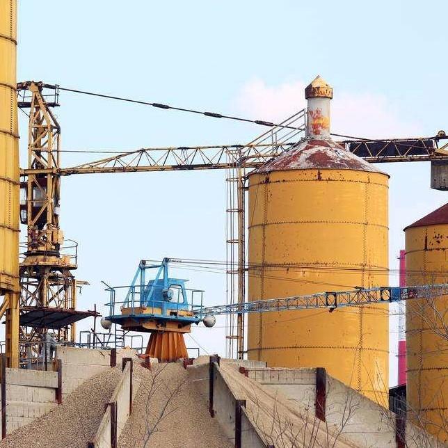 起重机应用建材行业工程案例