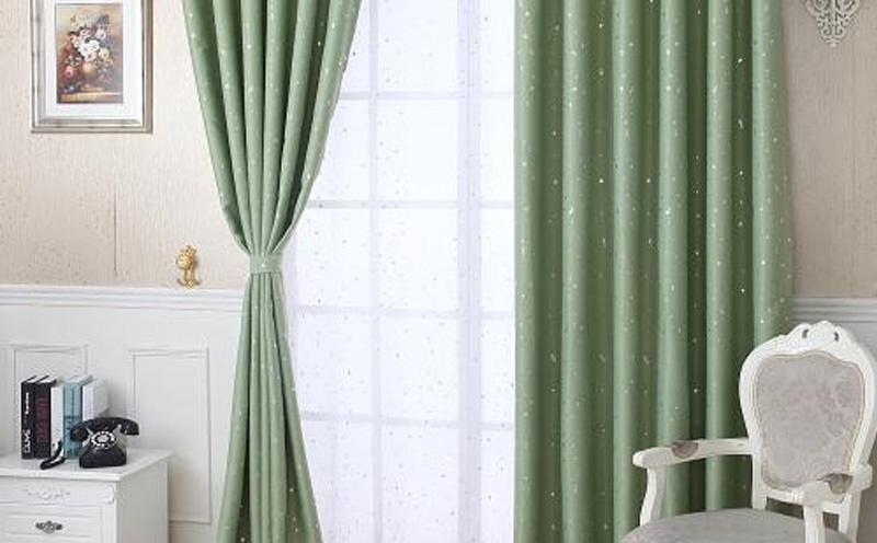 对全屋定制家具来讲窗帘布是必不可少的设计装饰
