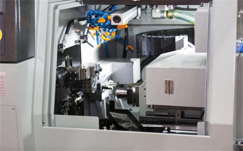 CNC数控加工中心出现渗油情况的缘故