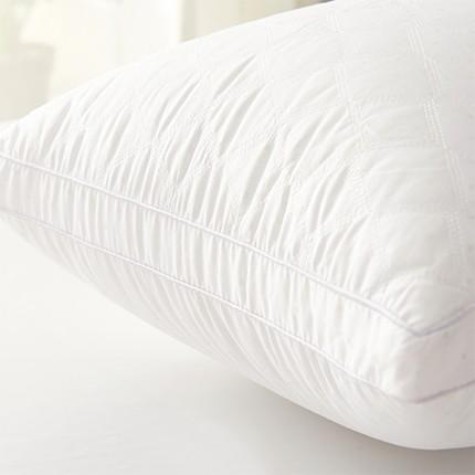 河北绗缝方格羽丝枕