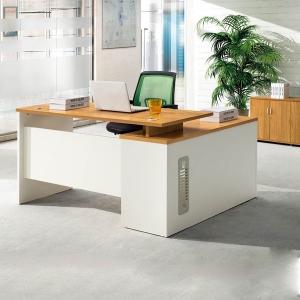 影响南京实木办公家具材质的内在因子有哪些呢?