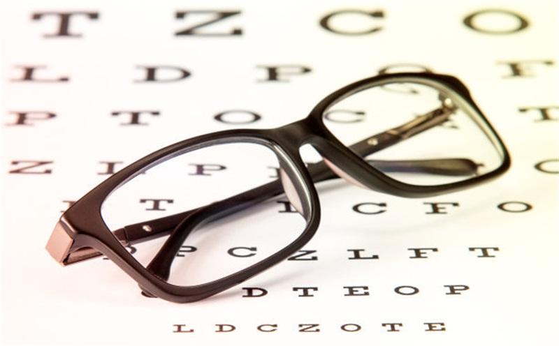 儿童视力近视导致发生的几个环境因素有哪些?