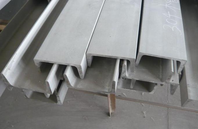 影响304不锈钢管表面质量的因素有哪些?