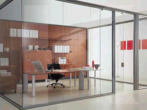 将不锈钢玻璃隔断用于卫生间是否适用?