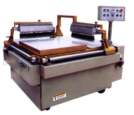 RL-600型半自动双桥立交式精密切桌