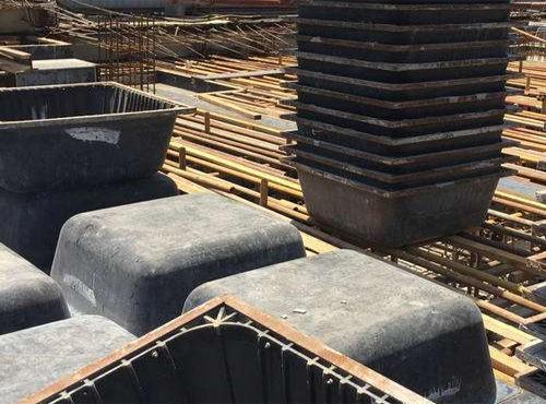 建筑模壳施工的浇筑楼板结构