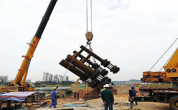 背水一戰 —— 水塘江橋項目