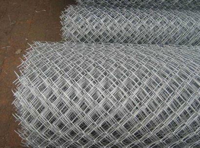 导致冲孔网板材打卷变形的原因有哪些