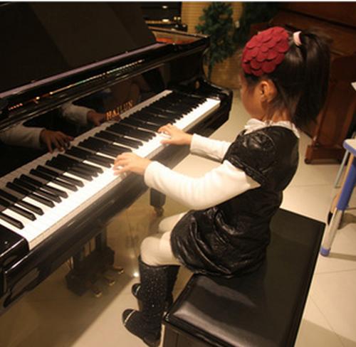 相对于钢琴培训多少钱还是要关注到培训的效果