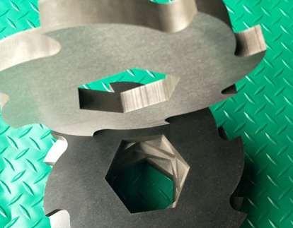 撕碎機刀片的新型調整裝置有什么