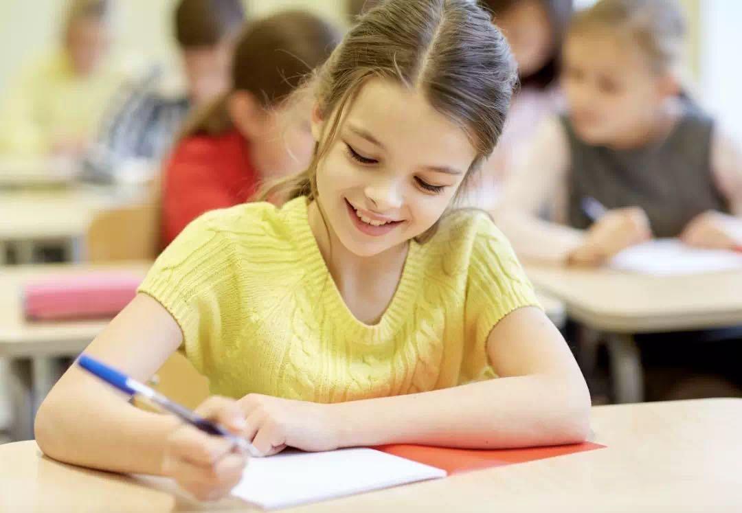 硬笔书法加盟-教育体系上有什么优势?是否符合现在学生的练字方法?