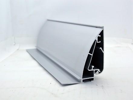 侧拉布铝材