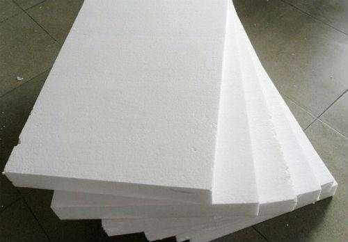 堆叠泡沫板