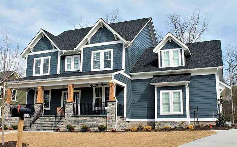 轻钢别墅由各种轻钢构件组合拼装而成的