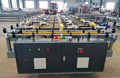 玻璃裁片機在工業生產中的性能表現
