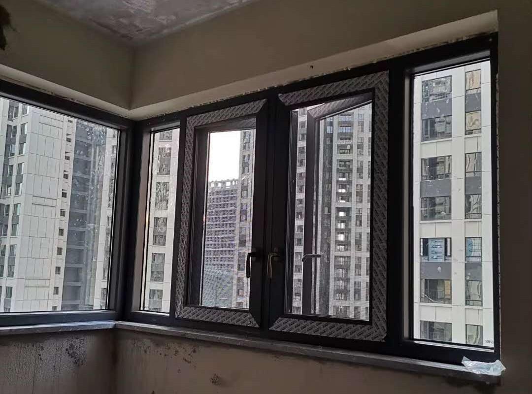 优质铝合金门窗费用