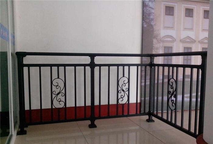 阳台护栏规范标准