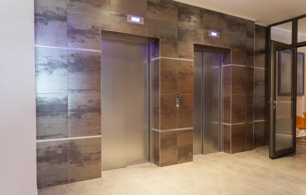 受困电梯如何做安全性?