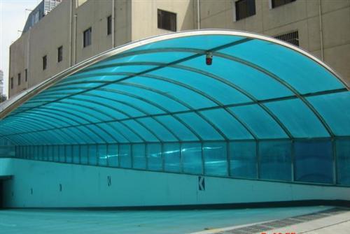 地下车棚使用阳光板的好处