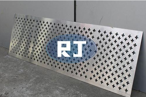 不锈钢板冲孔板在工业的必要性