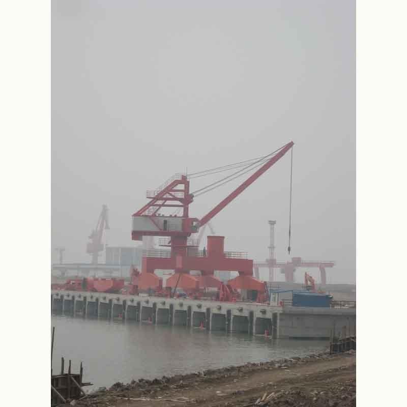 南昌專業制造港口40噸門座式起重機金質服務