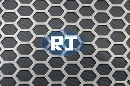 不锈钢冲孔网孔径与孔距的关系