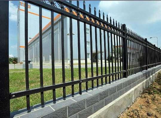 锌钢围栏需要怎样保养