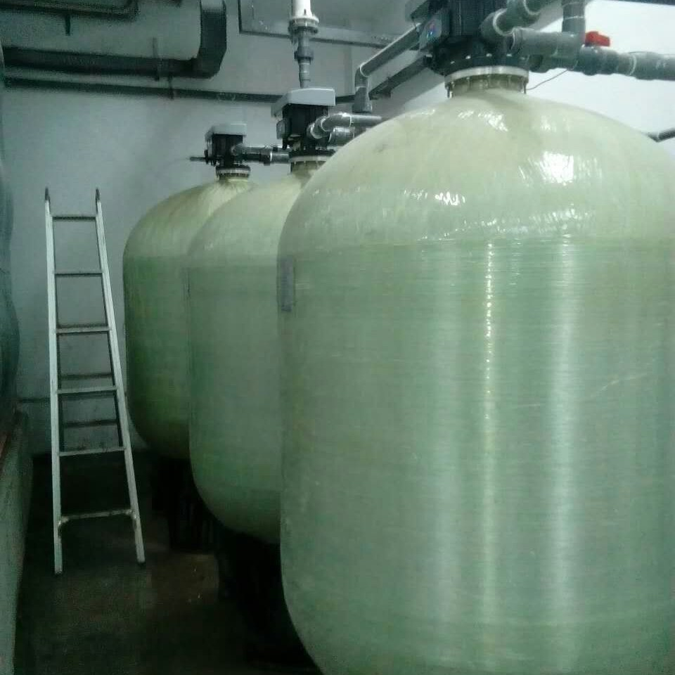 多阀多罐软化水设备
